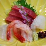 日本料理なるみ - 料理写真:お造り