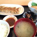 手作りぎょうざの店 紙音 - 料理写真:餃子定食です。
