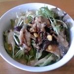 トレンタ - 復刻版サラダ:きのこのバター醤油【2014年2月撮影】