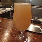 スタンディングビアバー 1020 - りんごのラガー 福島路ビール600円