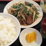 なりたや - Cランチ780円(レバニラ炒め)