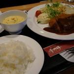 足助の洋食屋 参州楼   - ロースカツ定食¥1,600-