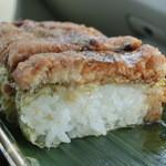 誉寿司 - 見た目通り、かなり食べごたえがあります。