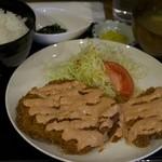 らんぷ亭 - チキンカツ定食をビッグ定食で