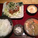 ばんざい - 鶏の唐揚げ定食850円