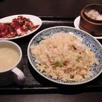 青龍門 - 五目炒飯セット