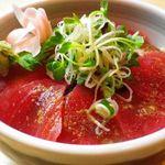 冨久井 - 料理写真:墨田区認定ごまだれ鉄火丼はメディアにも取り上げられる名物料理です。