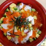 すし伝 - 料理写真:海鮮バラちらし丼(\830)なかなかの力作♪