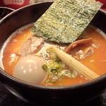 麺処 次男房 - ラーメン 辛味×1/2 卵