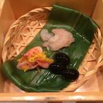 24623344 - 桜えびの酢和え、甘えびの塩辛、黒豆!