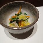 西村屋 和味旬彩 - かにちらし、味噌だれ、小鉢付き6