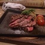 ニクバルダカラ - 和牛イチボのステーキ
