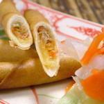 バーン・イサーン - 料理写真:揚げ春巻き