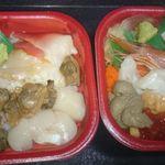 24631029 - 左:貝づくし /右:オホーツク丼