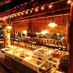 """魚寅本店 - """"漁師小屋""""を思わせる店内で、気兼ねなく盛り上がれます!  お酒好きの方が、美味しく飲めるお料理揃い!"""