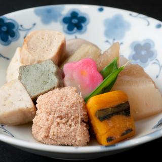 湯葉やお野菜、魚介を多用する京料理。ヘルシーで繊細な伝統食