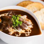 BAR 響香 - 深い味わいが魅力的、おすすめの一皿『牛タンのやわらか煮』