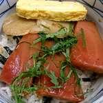 そば処きく池 - そば処 きく池 @板橋本町 「おさしみ」 と言っても、づけにした鮪・タイラギ(平貝)と玉子焼きの丼仕立て