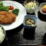 白帆 - 男のメンチカツ(他ホットコーヒー付) 800円