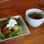 チャビーズキッチン - サラダとスープはセルフでした(´ω`)