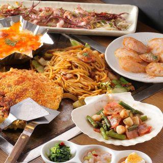 素材にこだわった料理を熱々の鉄板の上で楽しめます。