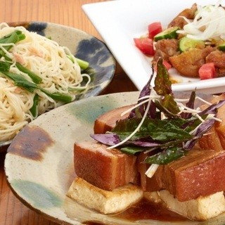 昔ながらの沖縄料理とフランス料理が融合した逸品
