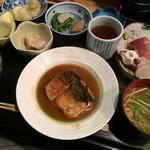神田 しど - 料理写真:鯖の味噌煮1000円