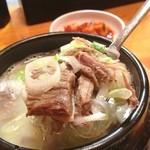韓国食堂 - ソルロンタンライス500円。寒い日にも最高!