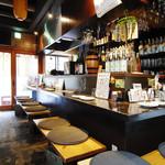 笑男酒場 や~まん - 好きなお酒と美味しい肴を、ひとり気ままにカウンターで楽しむ