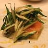 Vincero - 料理写真:サーモンとじゃが芋のマリネ 歯触りの良いプンタレッタ添え (2014/03)