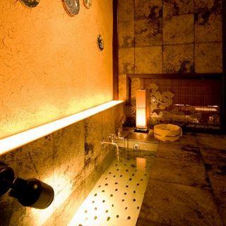 人気の『足湯付き個室』は早いもの勝ち!