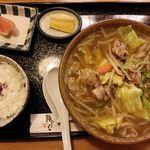 福そば - 炒めうどん定食 \900の大盛り+180円