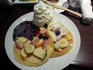 ホノルルハウス - オールフルーツパンケーキ