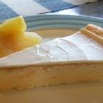 24666057 - チーズケーキセット850円