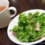 銀座サンジューシー - セットのサラダ・スープ