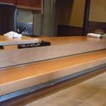 松寿司 - ☆店内も落ち着いた老舗な雰囲気です☆