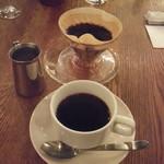 24669586 - ランチのコーヒー(目の前でドリップしてくれます)