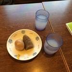 生粉蕎麦 玄 - おでんを2個と蕎麦湯