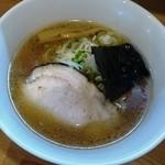 燦虎 - 淡麗琥珀そば(醤油)730円 直火チャーシュー選択