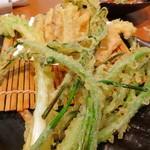24677592 - 春野菜の天ぷら