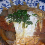 めし処 通 - とんかつの卵とじ¥400-