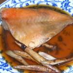 めし処 通 - 赤魚の煮つけ¥400-