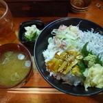 24680538 - 日替り丼¥750-