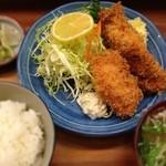 とんかつ 安右衛門 - 魚フライ定食 900円