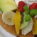 24689259 - スペシャルフルーツパンケーキ・セット1680円
