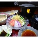 24690131 - ◆和牛ステーキご膳(1785円)・・ステーキ・サラダ・茶わん蒸し切干大根・お味噌汁・香の物・ご飯・デザートのセットです。