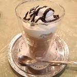 エスプレッソカフェ カフェラ - 生チョコのカプチーノ 683円