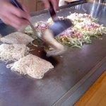 ん - 料理写真:肉玉そば(うどん)入り550円