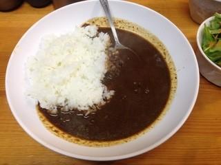 達 - 牛すじカレー
