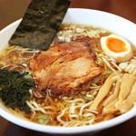 らーめん武蔵 - 初めて来た方にまず食べて欲しいラーメンの原点を目指して作った「武蔵醤油ラーメン」